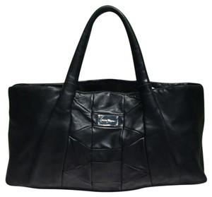 Salvatore Ferragamo Leather Tote in Black