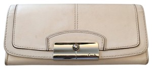 Coach White Large Leather Snap Wallet