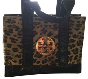 Tory Burch Tote in Black And Cheetah Print
