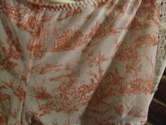 Aubade Aubade lingerie set with Toile de Jouy pattern, made in France.
