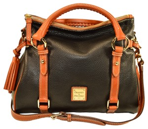 Dooney & Bourke Crossbody Lined Satchel in black