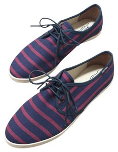 Soludos Striped Comfortable Flat Blue and Red Athletic