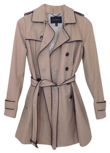 Banana Republic Classic Trench Piping Beige Trench Coat