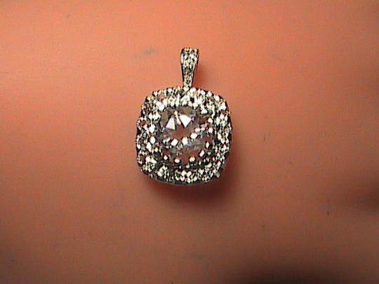 Unknown 1.25 cts Sterling Silver White Topaz Pendant