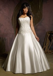 Mori Lee White/Silver Satin 3128 Traditional Wedding Dress Size 26 (Plus 3x)