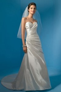 Alfred Angelo 2031w Wedding Dress