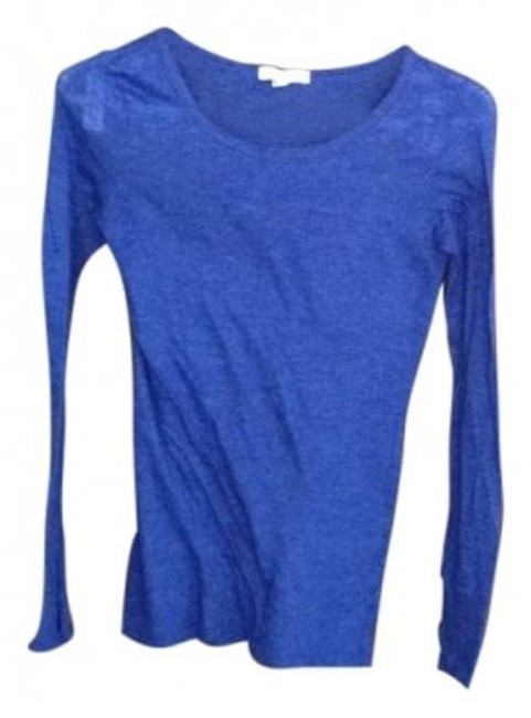 Preload https://item1.tradesy.com/images/blue-long-sleeve-tee-shirt-size-2-xs-14985-0-0.jpg?width=400&height=650