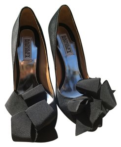 Badgley Mischka Satin Evening Black Pumps
