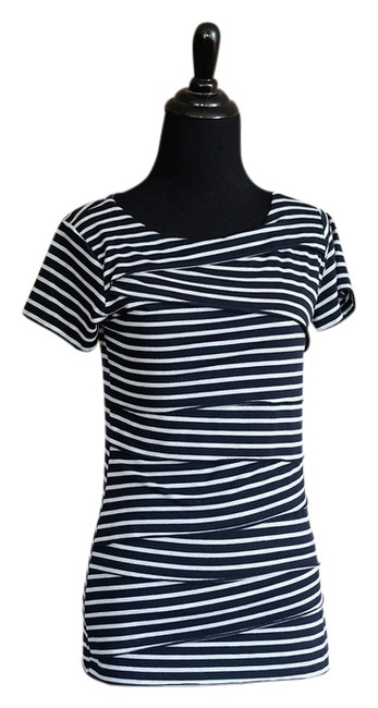 Item - Navy Blue And Gray Striped Tee Shirt Size 4 (S)