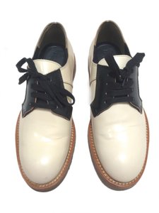 Marni Lace-up Antique White and black Flats