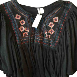 Other Bohemian Peasant Sz Sm Black With Colorful Embroidery Boho Top