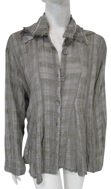 Item - Gray Pleated Draped Relaxed Fit Long Sleeve Button-down Top Size OS (one size)