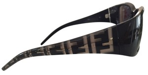 Fendi Fendi Understated logo pattern brands the metal-accented arms of chunky rectangular sunglasses with gradient lenses.
