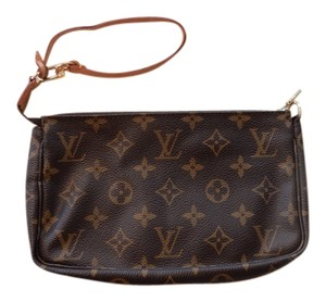 Louis Vuitton Vintage Pochette Monogram Wristlet in Brown