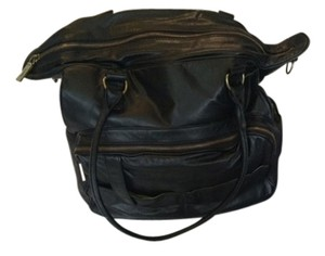 Hobo International Purse Leather Tote in Black with green lining