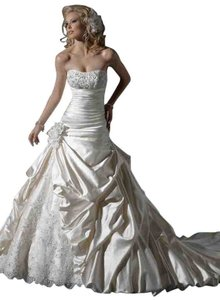 Maggie Sottero Maggie Sottero Ambrosia Wedding Dress