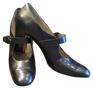 Salvatore Ferragamo Salvador Gray Pumps