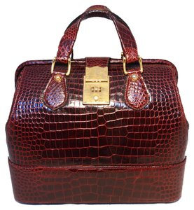 Gucci Alligator Doctor Vintage Alligator Vintage Tote in Red
