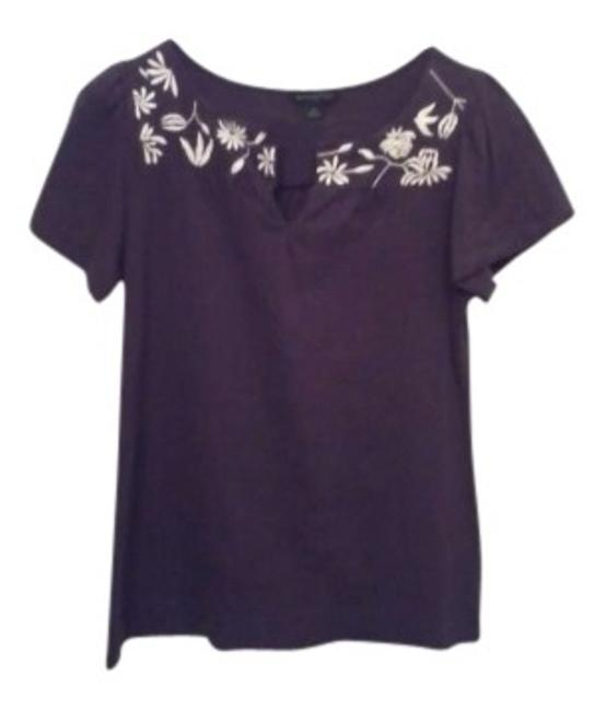 Preload https://item4.tradesy.com/images/banana-republic-auberginewhite-floral-detail-blouse-size-4-s-149998-0-0.jpg?width=400&height=650