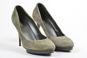 Gucci Olive Suede Green Pumps