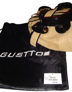 Gustto Shoulder Bag