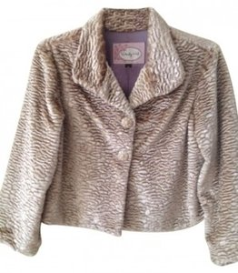 Wendy Hil Faux Lamb Look Cropped Blush / Champagne Jacket
