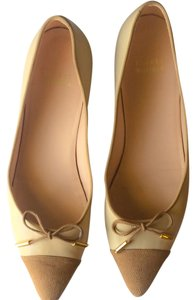 Stuart Weitzman Nude with tan Flats