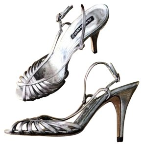Claudia Ciuti Silver Leather Formal