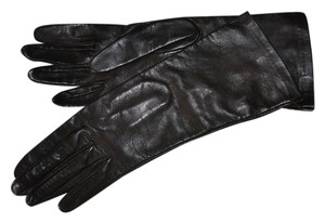 Bergdorf Goodman Leather 4 button gloves