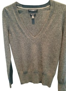 Banana Republic 100% Cashmere Sweater