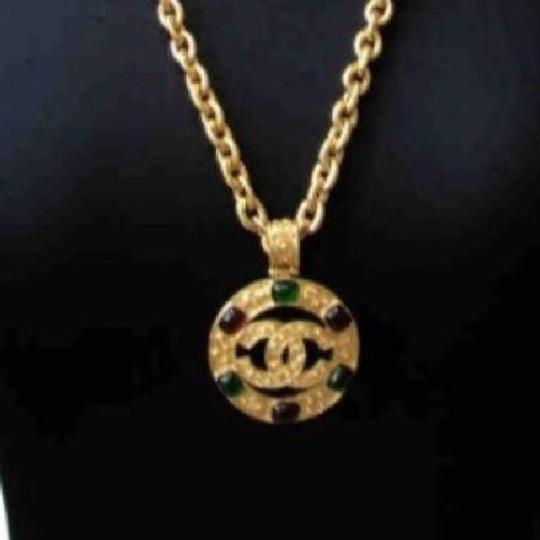 Chanel CHANEL GRIPOIX CC FILAGREE MEDALLION VINTAGE NECKLACE