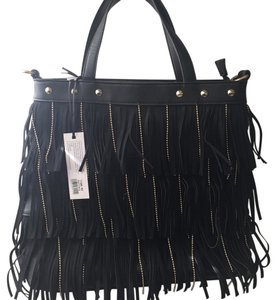 La Terre Vegan Satchel in Black