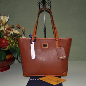 Dooney & Bourke Charleston Pebble Leather Lined Shoulder Bag
