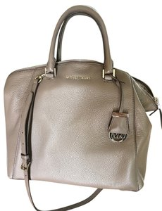 Michael Kors Riley Large Satchel in Taupe/Gray
