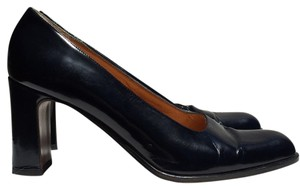 Ann Taylor Navy blue Pumps