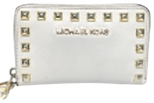 MICHAEL Michael Kors Selma Leather Studded Wallet