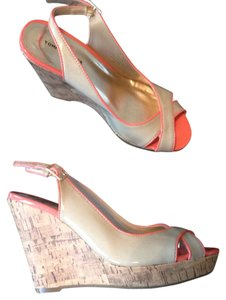 Tommy Hilfiger Tan & Coral Wedges