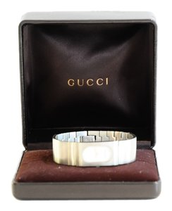 Gucci 1090 staineless bracelet watch