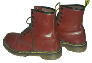 Dr. Martens Doc Street Style Maroon Boots