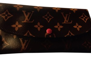 Louis Vuitton Gently used with dust cover