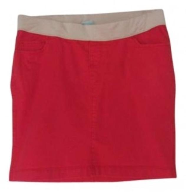 Preload https://item2.tradesy.com/images/old-navy-red-great-denim-maternity-skirt-size-6-s-28-150216-0-0.jpg?width=400&height=650