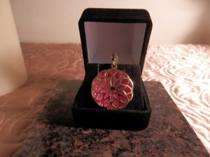 Milor 14K Yellow Gold pendant with red enamel circa 1960