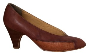 Phyllis Poland Chunky Leather Vintage Brown Pumps