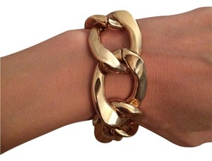Kenneth Jay Lane Kenneth Jay Lane Gold Bracelet