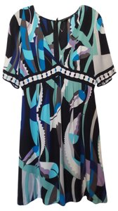 Elie Tahari Silk Empire Waist Knee Length Dress