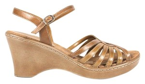 Naturalizer Leather Tan Wedges