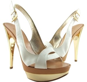 Casadei Made In Italy Sizes 5 5.5 White Slingback Pumps