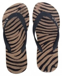 Kitson tan and black Sandals