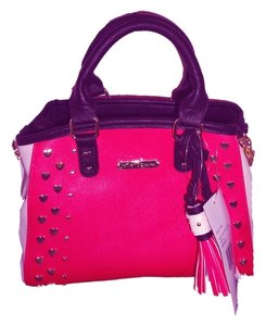 Betsey Johnson Small Cross Body Satchel in fuchsia/bone