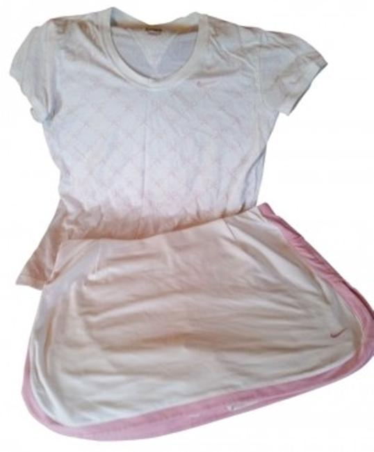 Preload https://item5.tradesy.com/images/nike-whitepink-dri-fit-outfit-activewear-sportswear-size-8-m-29-30-15029-0-0.jpg?width=400&height=650